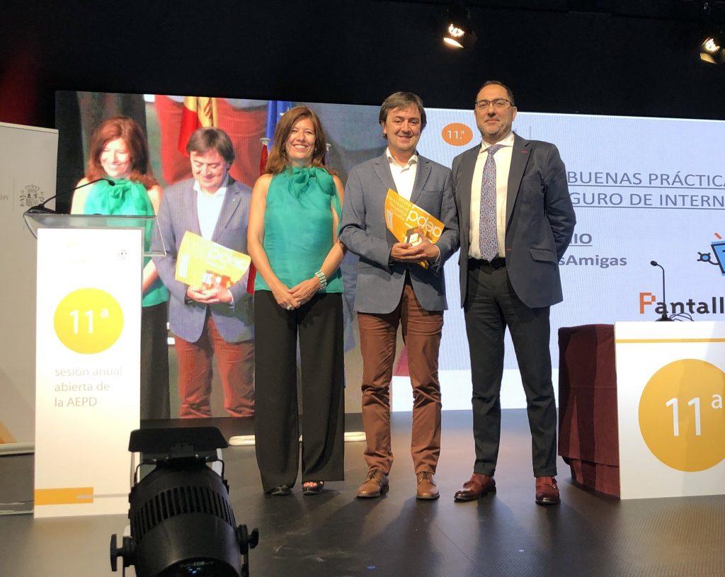 Jorge-Flores-PantallasAmigas-premio-buenas-practicas-educativas-privacidad-proteccion-de-datos